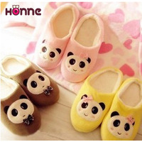 Winter new arrival cartoon indoor slippers package with plush lovers floor slip-resistant