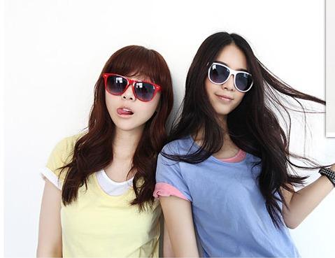 Fashion plastic Retro sunglasses lovely popular sunglasses, special sun glasses accept mixed order(China (Mainland))