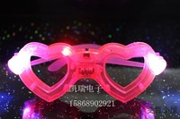 Free Shipping by Singapore or HK Post  Love Flashing Glasses Luminous LED Glasses Dance Parties Mask Costume for Christmas Gift