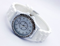 free shipping. Geneva literally diamond white watches silica gel series Brand watches.List of watch manufacturers(China (Mainland))