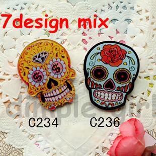 16 pieces/lot wholesale mix random design 2015 kawaii cute cartoon anime punk style Funny skeleton Acrylic Skull Brooches Pins(China (Mainland))