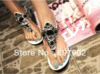 Hot Explosion models hollow European style beaded rhinestone sandals white black
