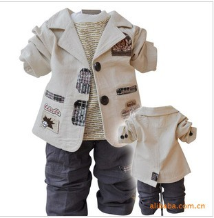 2013 Best retail selling children's Clothing Sets cotton coat+T-shirt+pants baby boy kids three piece suit sets Freeshiping(China (Mainland))