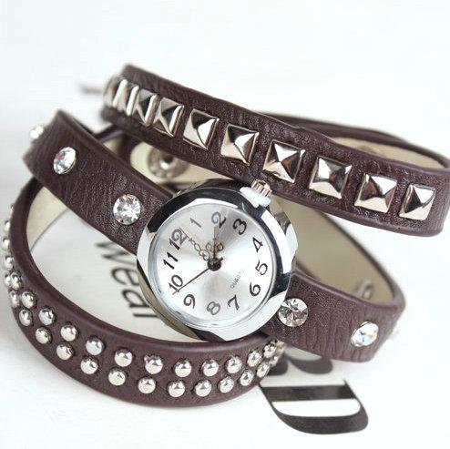 2013New wholesale luxury vintage wristwatches for women gift fashion clock designer leather quartz wrist watch free shipping(China (Mainland))