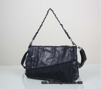 Vintage tasselled Chain patchwork sheepskin shoulder bag in black leather