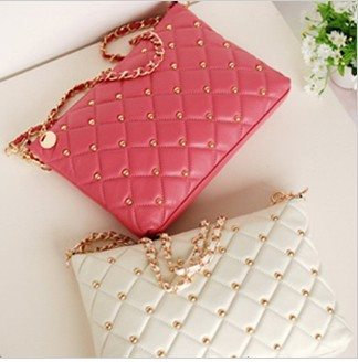 free shipping, 2013new fashion lady leather handbag,women rivet chain vintage envelope bag shoulder bag crossbody bag,18