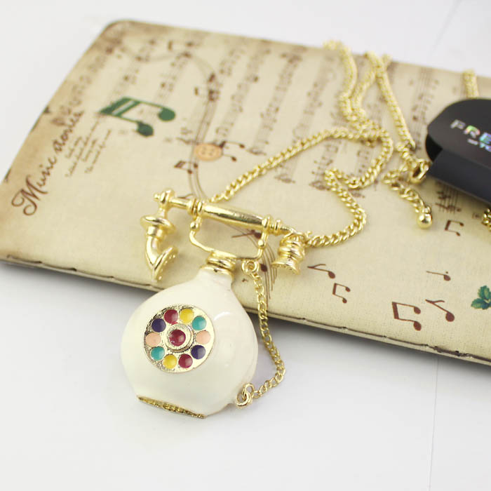 free shipping Classical telephone personality necklace, jewelry jewelry wholesale and foreign trade the original list(China (Mainland))