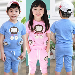 2013 summer monkey pocket boys clothing girls clothing baby child short-sleeve set tz-0685 blue pink(China (Mainland))