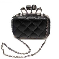 Vintage skull finger ring clutch bags,high quality diamond plaid PU leather skull clutch bags,new fashion ladies handbags