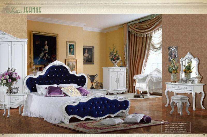 Royal chambre en bois ensembles. 0448