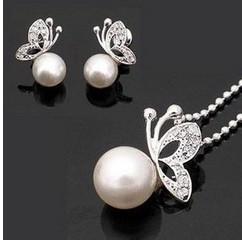 Min.order is $9.9 (mix order) free shipping high quality  Butterfly Necklace& Earrings set,wholesale fashion jewelry TZ0001