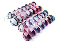 2013 New Womens Brand Sun Glasses Ladies Fashion Sunglasses Classic Style UV400 Mixed 14 Colors 40pcs Lot Free Shipping