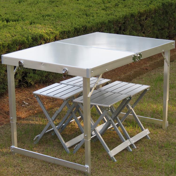 Как сделать стол на природе