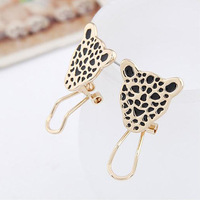 Min. order is $10 (mix order) free shipping 2014 new jewelry european animal Stud earring female fashion vintage ear buckle punk