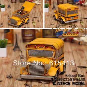 Handmade iron American school bus with housing, photographic props, retro home furnishing, window decoration,creative gift