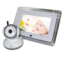 Cheap 2.4G wireless baby monitor / 7 inch digital signal transmission / two-way intercom / AV connection TV(China (Mainland))