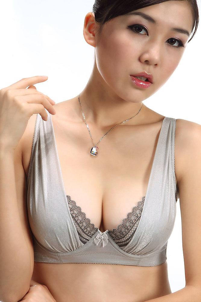 женский бюст фото онлайн бесплатно