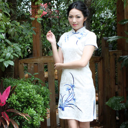Free Shipping Sexy Satin Traditional Chinese Clothing Women's long cheongsam Dress 1Colour Size:S-3XL(China (Mainland))