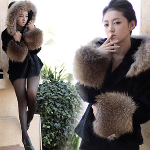 2013 autumn/winter faux-fur brief paragraph hooded fur jackets women's leader splicing special offer wholesale and retail(China (Mainland))