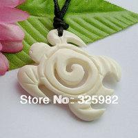 New Zealand Maori Handmade Carved Ox Bone SEA TURTLE Pendant Necklace Hawaiian Necklace (NZ3)