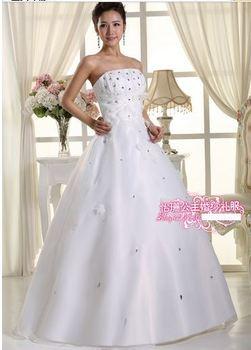 341 vestido de noiva 2014   fashionable sexy appliques beadings white   bridal wedding dress  bride bridal gown dresses