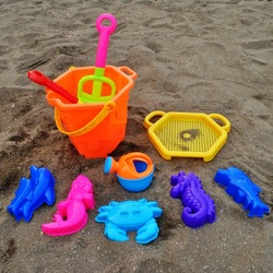 Summer toy 9 piece set Large beach toy sand beach bucket(China (Mainland))