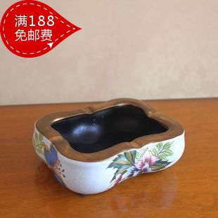 Hand painting ceramic day gift ashtray