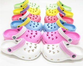 2014 summer  Candy color clogs hole shoes sandals female mules beach footwear toe cap covering at home slippers garden shoes