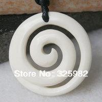"New Zealand Maori Handmade Carved Ox Bone ""KORU"" Pendant Necklace / Hawaii Necklace (NZ9)"