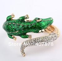 Fashion European Gold Plated Metal Green Enamel Clear Rhinestone Crocodile Cuff Bangle Bracelet