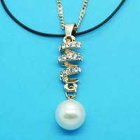 Min Order 12$ high quality,2013 new arrival,rhinestone pearl pendant necklace,gold plated fine necklaces,double chain XL0241