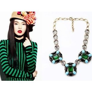 Hot Sale Luxury Emerald Necklace Green Sweater Chain For Women Gift(China (Mainland))