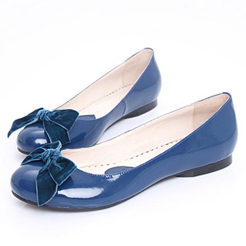 ������ ���� ���� ٢٠١٥ Flat Plus-size-blue-glossy-genuine-leather-round-toe-bow-flower-japanned-leather-flat-female-small-yardsP0408.jpg