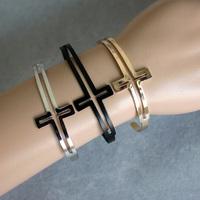 Free Shipping  2013 New  Items Bracelet Jewelry Fashion Gold Silver Black Colors Cross Bangle Cuff  Bracelet B1061 (B2-204)