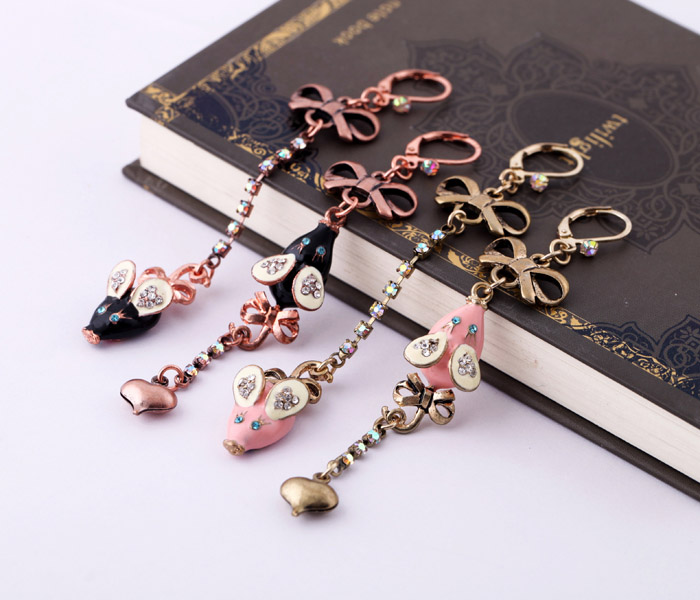 Fashion earring accessories small mouse bow asymmetrical earrings female(China (Mainland))