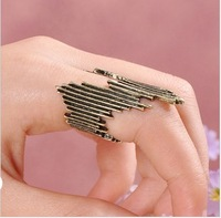 Min Order only $5 +Free Shipping +Wholesle Fashion ring vintage finger ring for woman and man irregular line ring SGR61