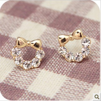 Min order $12(mix order)2013 Brand New Fashion Kitty cat gold bow stud earrings Free shipping Wholesale Jewelry Supplier(China (Mainland))
