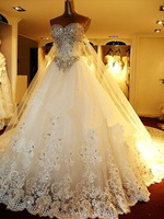 2013 Newest Luxury  Sweetheart Swarovski crystals trian wedding dresses