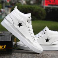 2013 man canvas shoes single shoes Fashion popular man's sneakers skateboarding shoes
