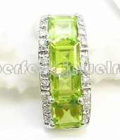 Free shippping Necklace pendant Natural peridot with 925 silver plated 18k white gold pendant Green gems Women's jewelry