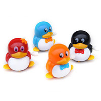 Free shipping ! 2013 New Arrival ! Wind up toys , little penguin lovely little qq