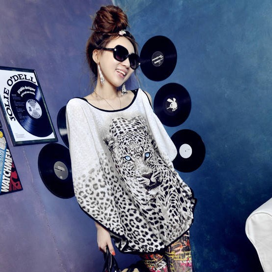2013 NEW HOT Women Leopard Pattern Loose Long Bat Wing Sleeve Shirt Top Blouse ,women&#39;s tops Fashion Women&#39;s clothing free ship(China (Mainland))