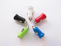 10 pcs Universal Color Mini USB Car Charger For IPhone 4 4G 3G IPod ITouch HTC Samsung Blackberry Nokia Motorola Auto Adapter(China (Mainland))