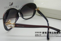 2013 new Classic Crystal Swan Fashion sunglasses Luxury brands  sun glasses Women sunglasses