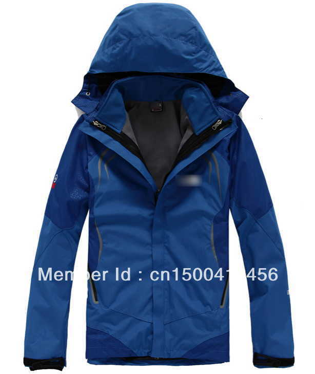 2013 High Quality New men's outdoor tnf soft shell charge clothes fashion Spring autumn hoodie coat jacket 2 in1 coat+lining(China (Mainland))