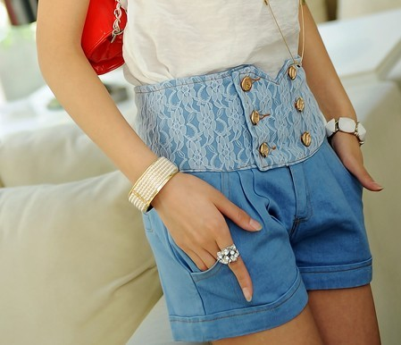 Evidenced 2013 summer new arrival hot-selling vintage lace high waist double breasted denim shorts 386(China (Mainland))