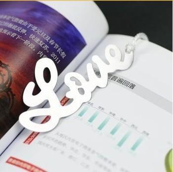 "1pcs Colored Ribbon Alloy ""Love"" Shaped Bookmark Book Marks HG3453"