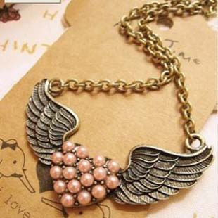 Free shipping wholesale Star necklace production manufacturers in the hot-selling peach heart pearl necklace - 042 - 15(China (Mainland))