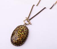 Fashion accessories leopard print oval pendant long design sweater necklace Factory Wholesale