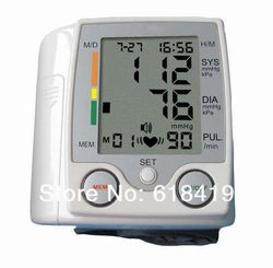 HOT ITEM FREE SHIPPING Intelligent LCD digital blood pressure monitor high quality Excellent Quality(China (Mainland))